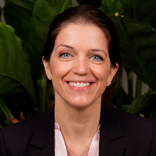 Dr. Claudia Geenen